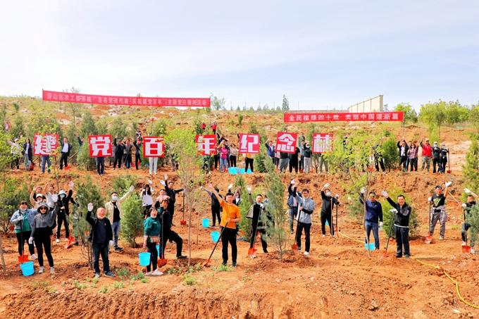 40年义务植树2.1亿株 北京城市绿化覆盖率达48.5%
