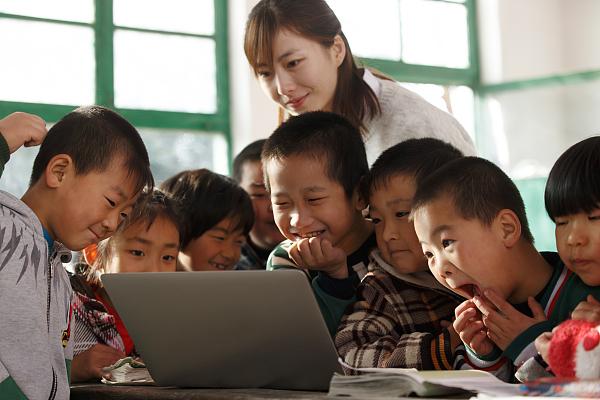 """黑龙江省120所""""希望小屋""""投用 惠及42000余农村学生"""