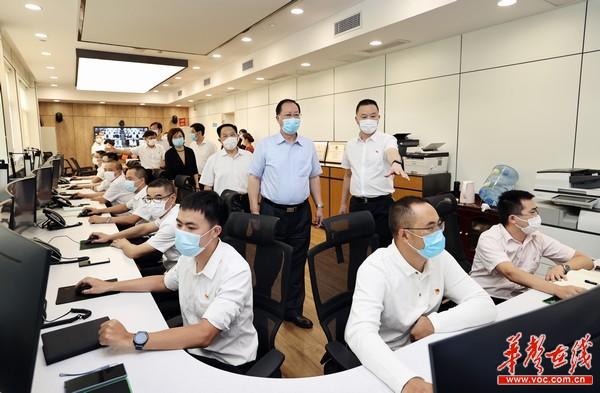 毛伟明在省应急管理厅调研:坚守安全底线 守护人民平安