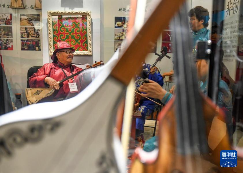 对口援疆19省市非物质文化遗产展在新疆开幕