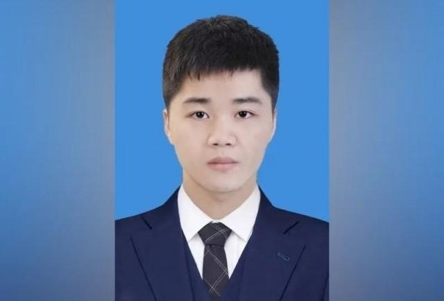 冯磊:招生名额已满,谢谢同学们的热情